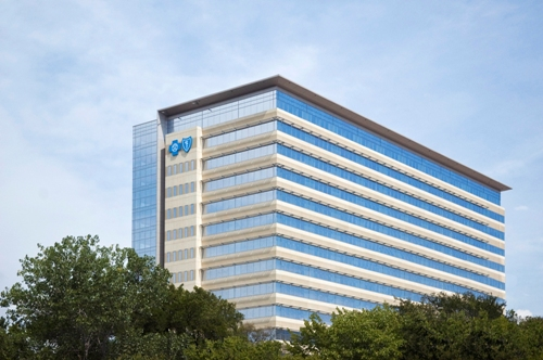 Blue Cross Blue Shield Workers Start to Fill New Headquarters